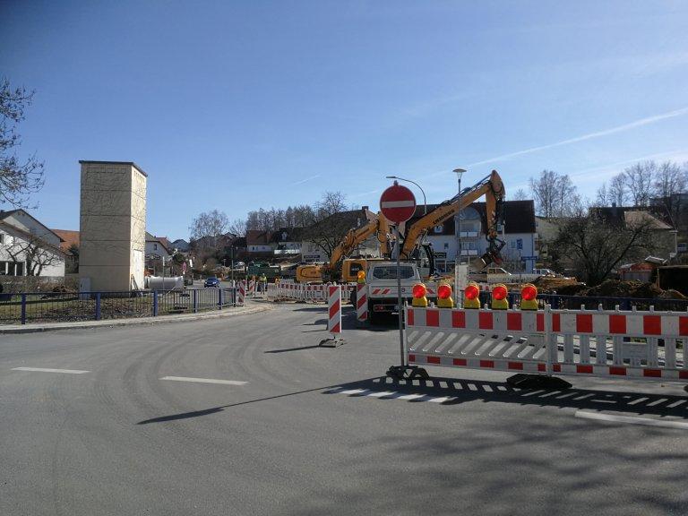 Einbahnstraßenregelung Dorfplatz